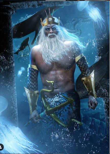 Idris Elba como Triton en La Sirenita