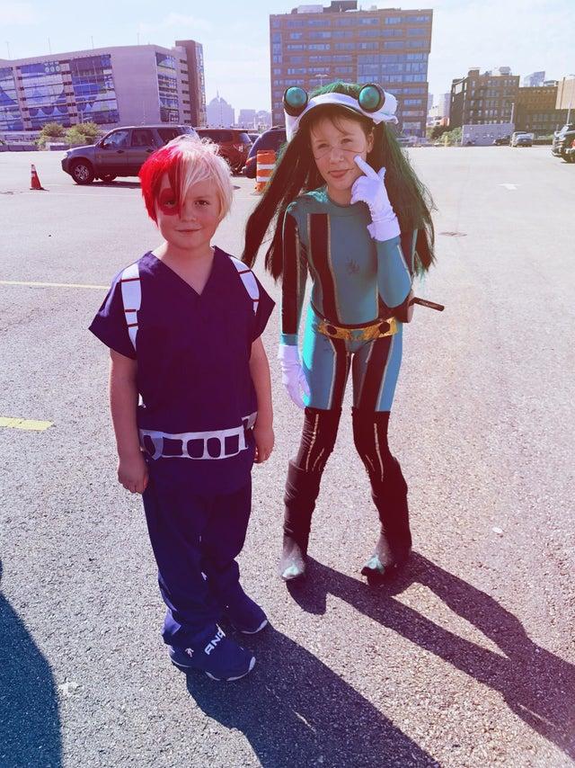 My Hero Academia: Comparten cosplays de bajo presupuesto, pero mucho sentimiento