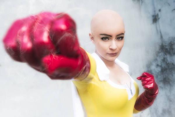 One-Punch Man: Mujer se rapa para cosplay de Saitama y es mejor de lo que pensábamos