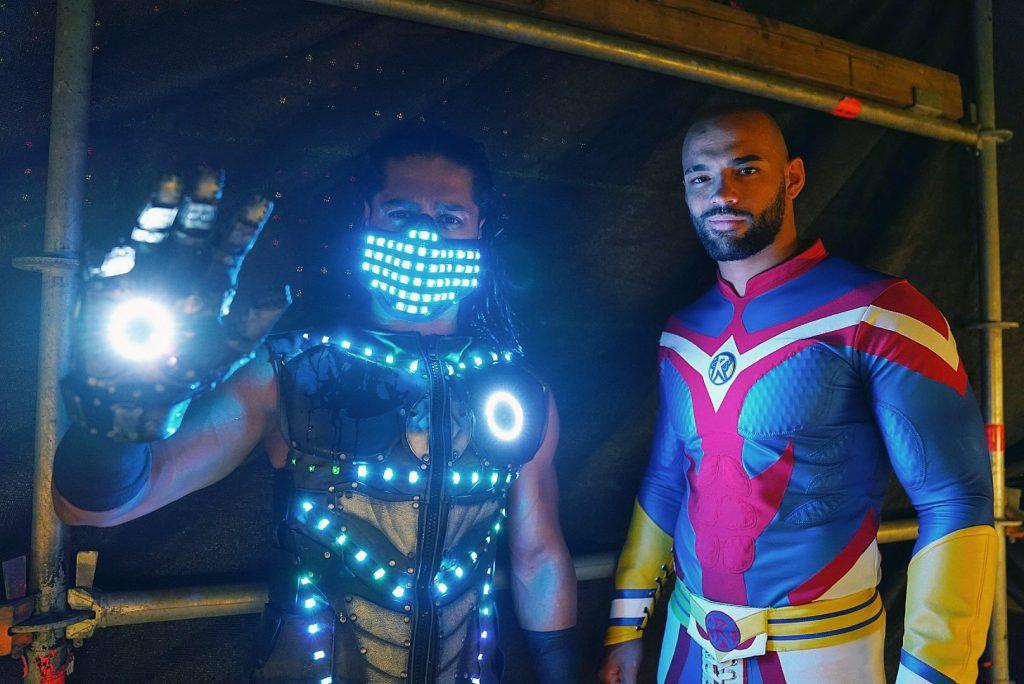 WWE All MIght Ricochet y Ali como Iron Man