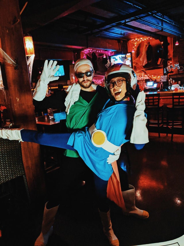 Los Grandes Saiyamans de Dragon Ball con cosplays improvisados