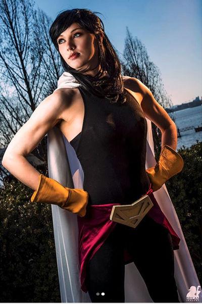 My Hero Academia: Otro cosplay destacado de Nana Shimura