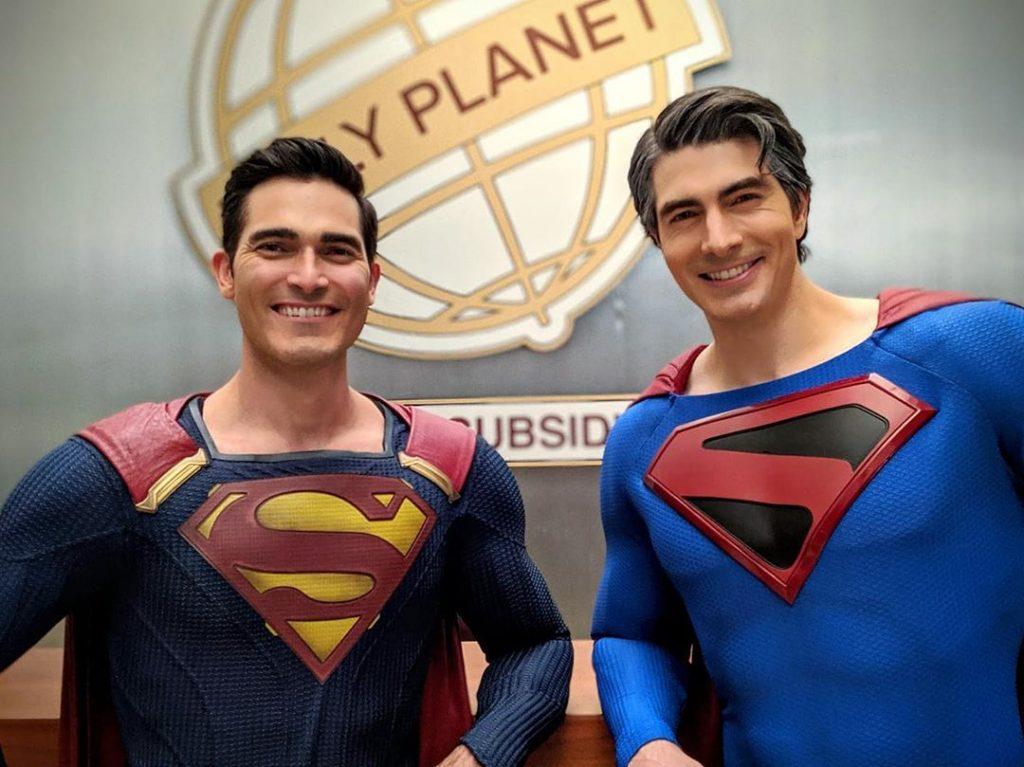 Dos versiones de Superman en crisis.