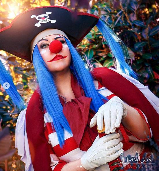 Así se vería Buggy el Payaso de One Piece como mujer