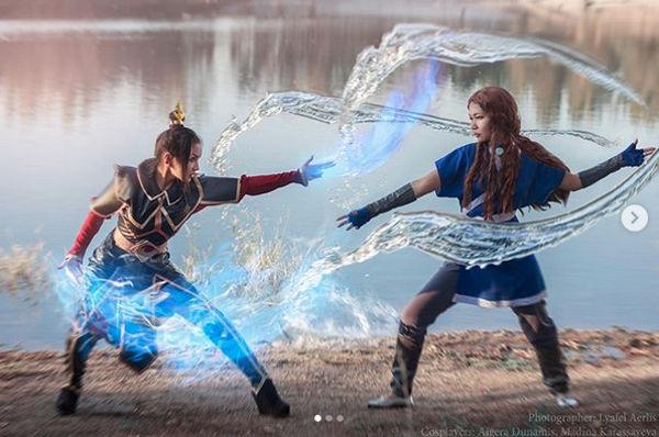 Avatar The Last Airbender: Cosplayers recrean la batalla de Azula y Katara