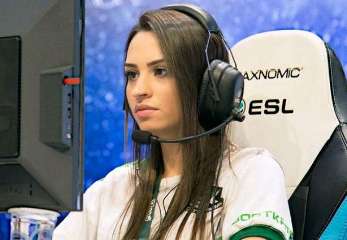 Counter-Strike-Jugadora