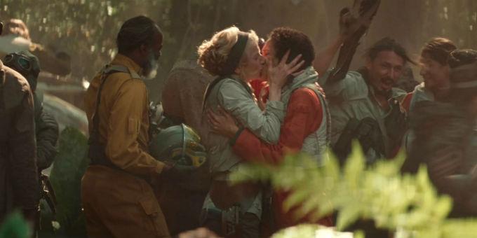 Disney beso en Star Wars Rise of the Skywalker