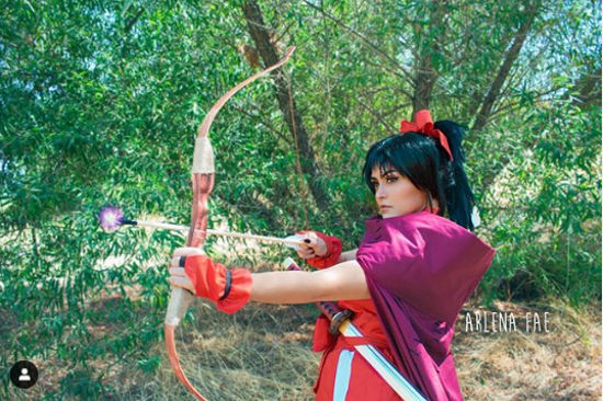 Moroha, la hija de Inuyasha y Kagome, consigue cosplay