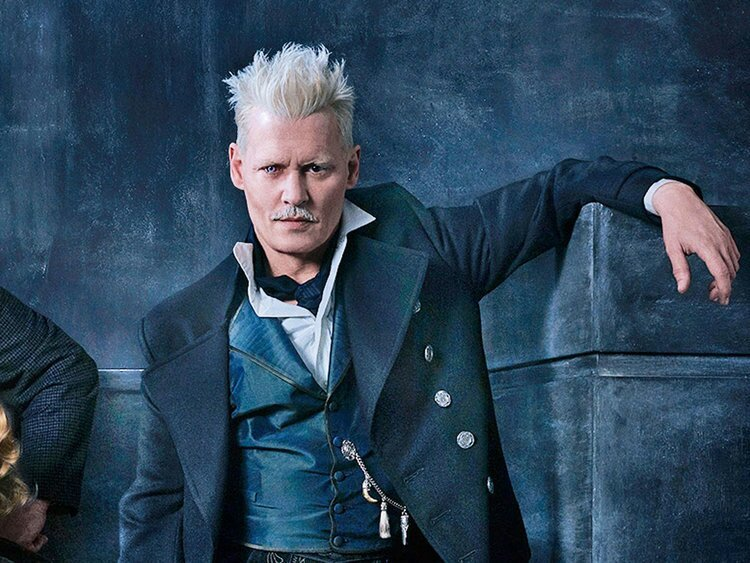 Fans piden que Johnny Depp vuelva a Animales Fantásticos.