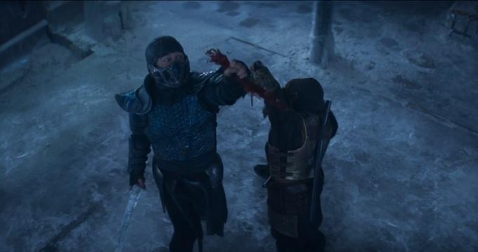 Mortal Kombat escena de la pelicula con sub zero y scorpion