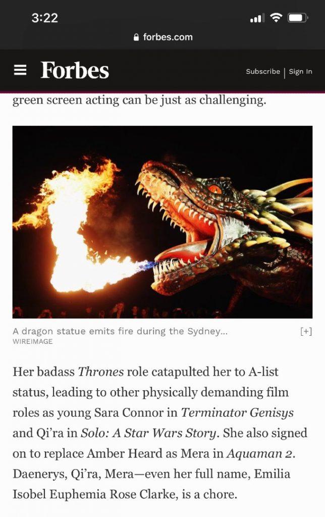 Captura de pantalla de un articulo de Forbes sobre Emilia Clarke y Amber Heard