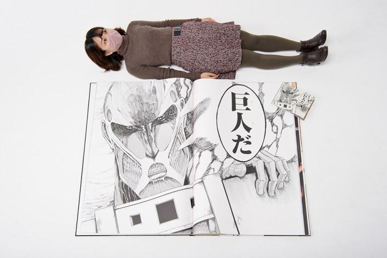 Shingeki no Kyojin se sigue superando y en esta ocasión tratará de romper el récord mundial con este manga tamaño gigante.