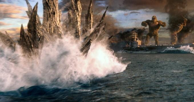 Godzilla vs Kong Pelea Barco